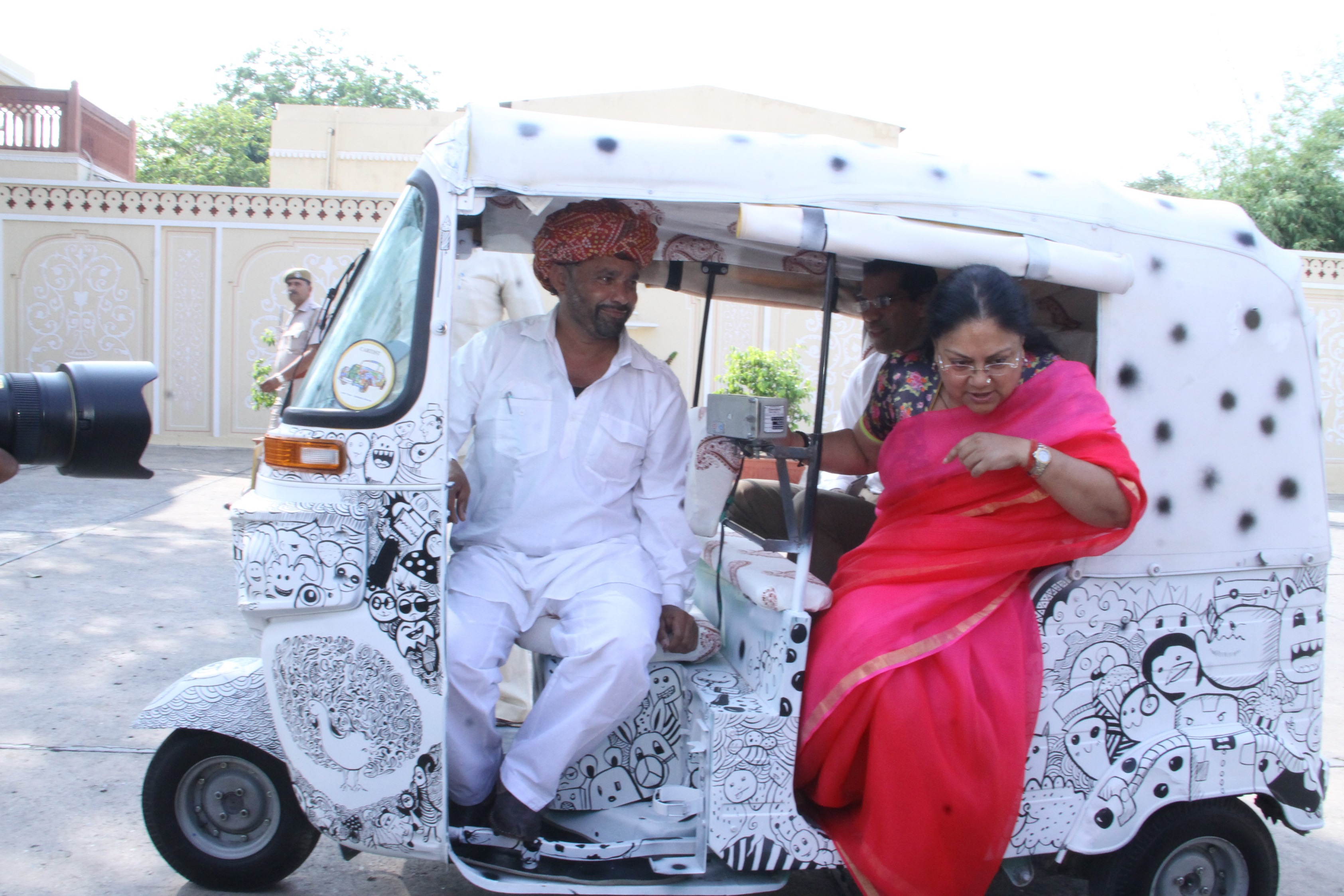 When Vasundhara Raje asked for an auto ride