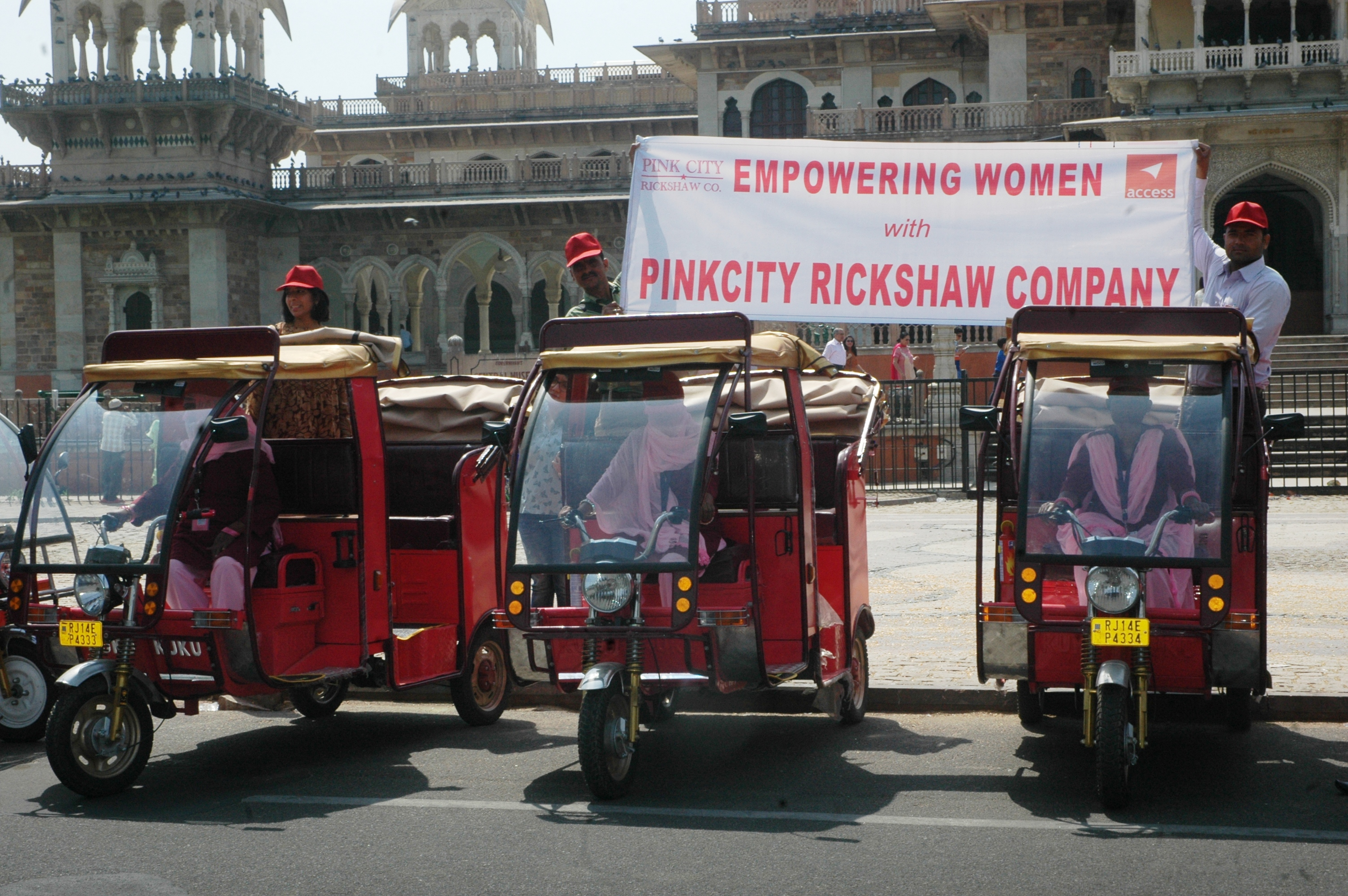 Jaipur will soon have e-rickshaws driven by women