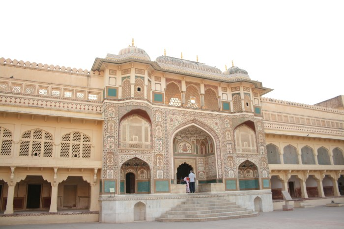 amber-fort-jaipur-sightseeing
