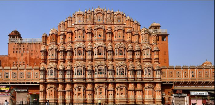 hawa-mahal-tourist-places-in-jaipur