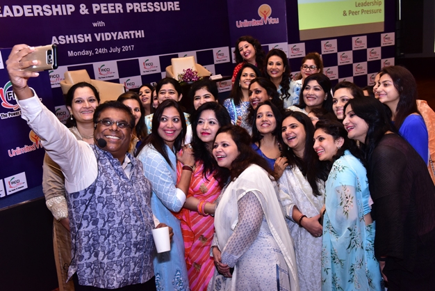 Ashish Vidyarthi motivates Jaipur's FLO ladies to inspire their peers