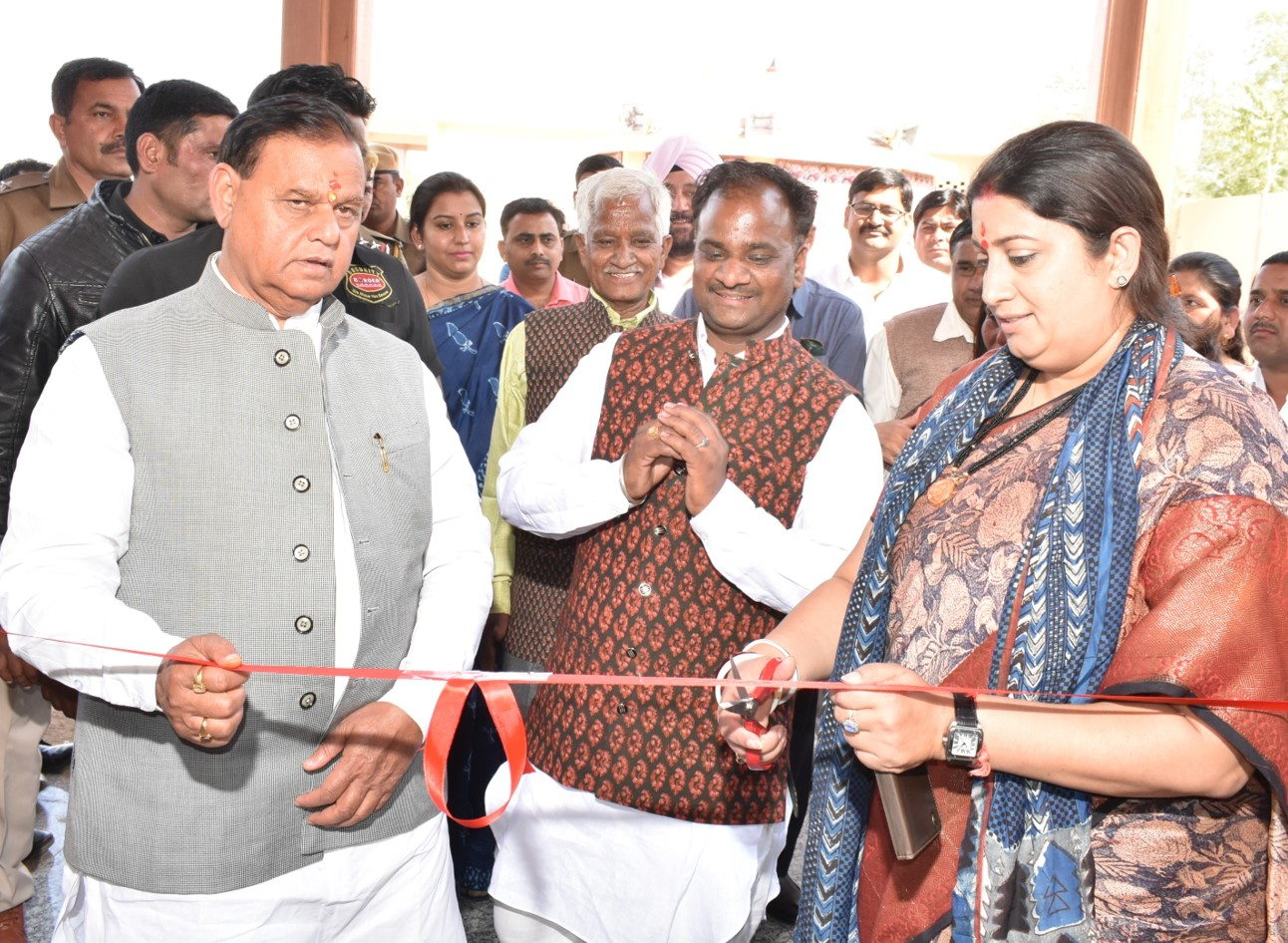 Union Textiles Minister, Smriti Z Irani inaugurating The Titanwala Museum in Bagru.
