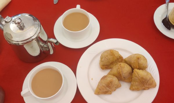Breakfast of tea and samosas at Roop Niwas Kothi